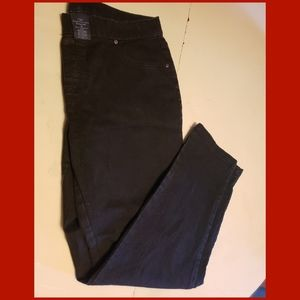 Faded glory sz 18 black pull on jeans